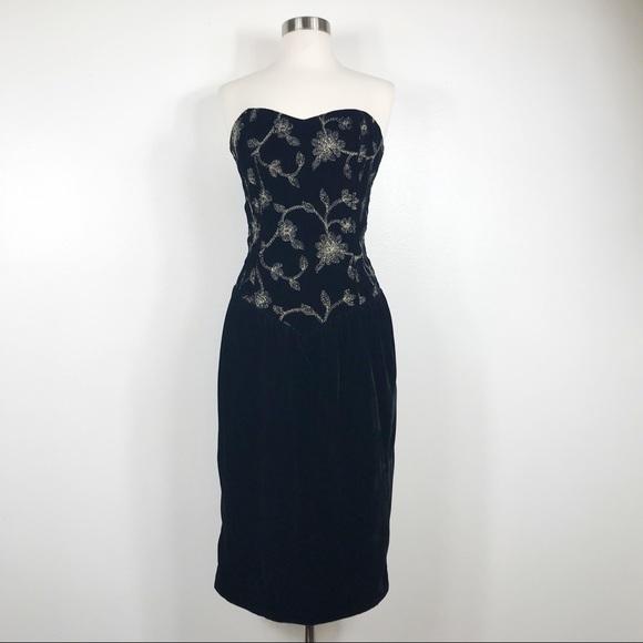 Dresses Vintage Black Dress Sweetheart Neckline Velvet Poshmark